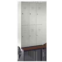 Garderobenschränke unterteilt mit Sitzbankuntergestell Serie 74 U von EUGEN WOLF Büro- und Betriebseinrichtungen aus Stahl